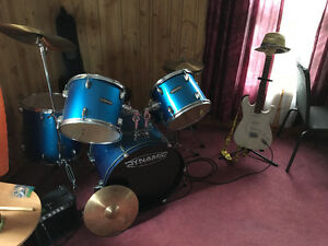 Drums/gutair with amp