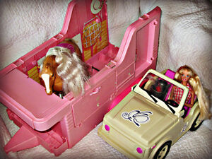 BARBIE ~ STABLE, JEEP, HORSE TRAILER W/DOLL & HORSE