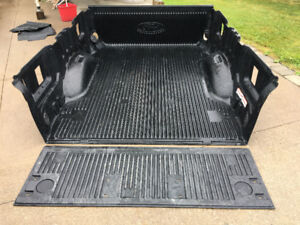 REDUCED! REDUCED!  DROP IN BED LINER for 2017 F-250