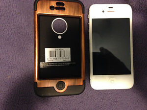 iPhone 4s with case