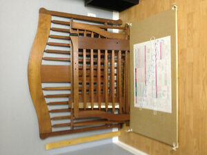 Baby crib from Sears good condition