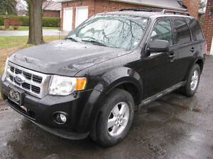 2009 Ford Escape XLT 4WD e-tested safety 114000 km only $6950