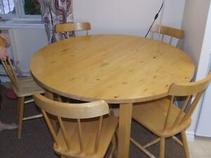 IKEA Solid Table With 6 Chairs
