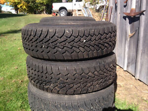 14 inch Goodyear snow tires for sale. $80 for set.