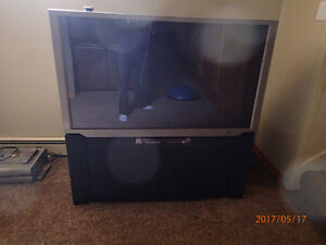 51 Inch Hitachi Rear Projection TV 1080i
