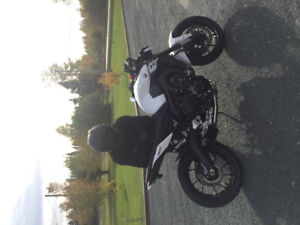 Perfect condition Yamaha FZ-09 2017 with upgrades.