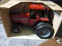 Truck & Tractors