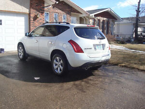 2007 Nissan Murano V6 3.5 AWD.Looks and drive like new