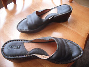 Born Woman's Leather Sandals