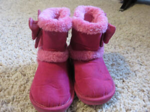 Toddler size 4 winter boots