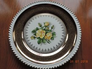 22 Kt.Gold Georgian China Yellow Rose Plate