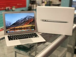 Macbook Air 2015 Mint Condition **ALMOST NEW BATTERY **