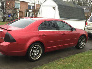 2007 Ford Fusion SEL Sedan fully loaded runs amazing