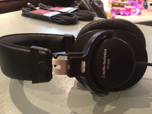 Audio Technica ATH-M30 Studio Headphones