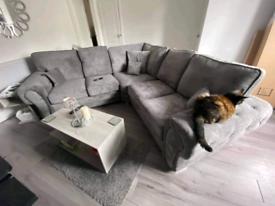 New - 5 Seater Verona Corner Sofa With Full Back Cushions
