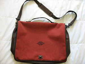 MESSENGER/LAPTOP BAG