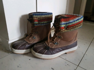 Call it Spring size 7 Winter boots