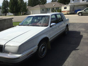 1992 Chrysler New Yorker Fifth Avenue Sedan