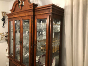 8 door cherry wood Hutch