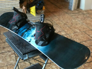 K2 ACCESS 162 cm WIDE SNOWBOARD with FLOW BINDINGS - LIKE NEW