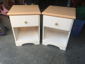 White and Light Wood MDF Night Stands Cornwall Ontario image 1