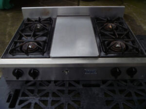 5 Star four burner & grill nat gas counter top