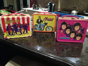 3 VINTAGE LUNCH BOXES - GLOBETROTTERS, OSMONDS, HAPPY DAYS