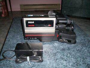 Caméra V H S