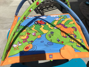 Brand New Condition Tiny Love Play Mat CLEAN with washable toys! Strathcona County Edmonton Area image 3