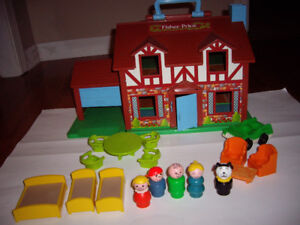 FISHER PRICE VINTAGE DOLL HOUSE