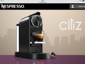 Machine à café Nespresso U avec capsules original line