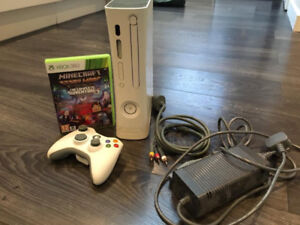 XBOX 360 + 2 Controllers And Games 100$