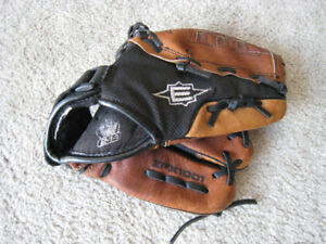 EASTON ZFX 1001 Z-FLEX SERIES BALL GLOVE (RIGHT-HAND THROW, 10-I