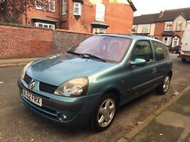 RENAULT CLIO EXPRESSION 1.2 PETROL (NEW CLUTCH FITTED 2 WEEKS AGO) LOW MILEAGE