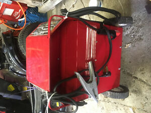 Lincoln Electric. AC/DC 225/125 ARC Welder Kawartha Lakes Peterborough Area image 3