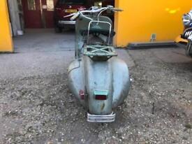 Vespa 125cc Faro Basso 1953