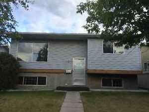 House for rent in Macewan NW, Calgary