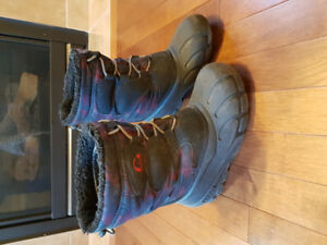 Boys' winter boots, youth size 3