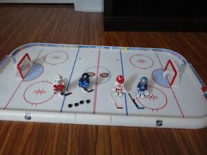 Plusieurs ensembles de hockey NHL / LNH Playmobil