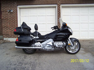 2004 Honda Goldwing Touring - Ayr/Kitchener $12,500.