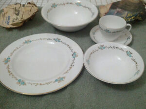 Snowhite Johnson brothers made in England ironstone gold edged