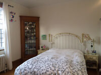 Amazing room to rent in Monkland Village, 2 min from Villa Maria