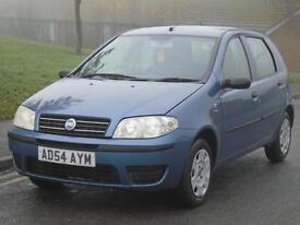 FIAT PUNTO1.2 8v ACTIVE, 3 OWNERS,LONG MOT,LOW TAX & INSURANCE,CHEAP TO RUN