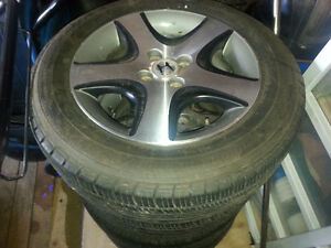 185/65/15 aluminum rims with tires
