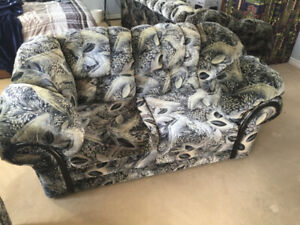 Free 3 set Couch/Sofa