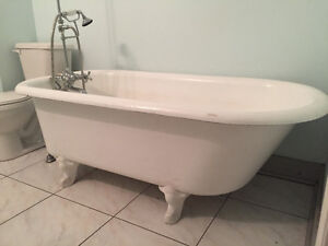 claw foot tubs kijiji free classifieds in toronto gta find a job buy a. Black Bedroom Furniture Sets. Home Design Ideas