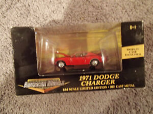 1:64 SCALE DIE-CAST AMERICAN MUSCLE 1971 DODGE CHARGER E-5 RED
