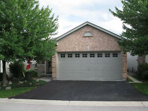 A Masonville-Fully Furnished 3 Bedroom North London Condo House