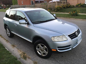2004 Volkswagen Touareg V6  Nice and Clean SUV, Crossover