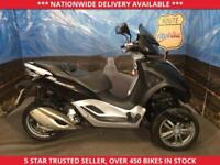 PIAGGIO MP3 MP3 MP 3 YOURBAN 300LT RIDE ON A CAR LICENCE 2015 65